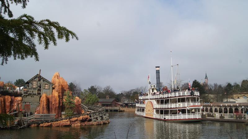 [TR terminé] Pour me souhaiter un joyeux anniversaire, rdv à Disneyland du 10 au 12 mars! - Page 2 Dsc07610