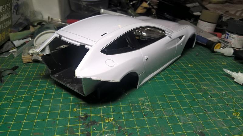 Ferrari FF (скрэтчбилд) 1/18 Wp_20119