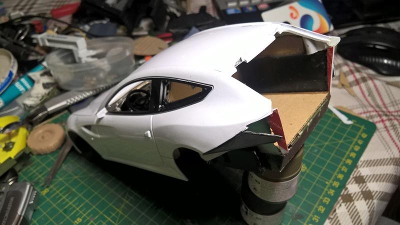 Ferrari FF (скрэтчбилд) 1/18 Wp_20122