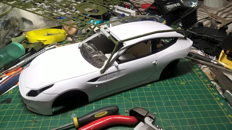Ferrari FF (скрэтчбилд) 1/18 Wp_20124