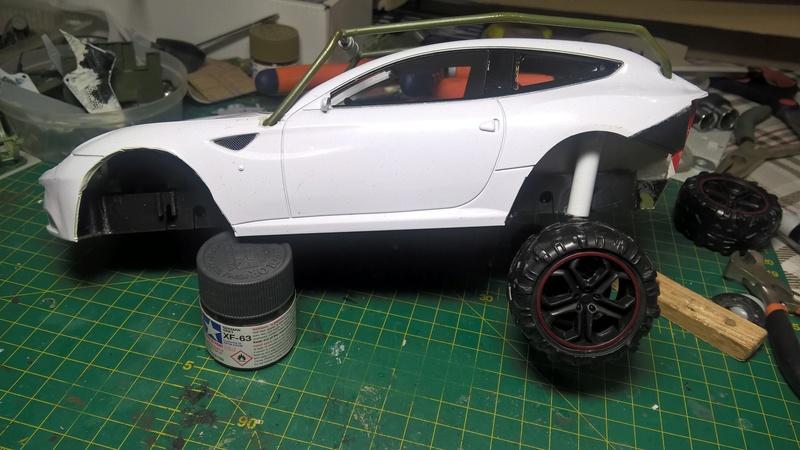 Ferrari FF (скрэтчбилд) 1/18 Wp_20127