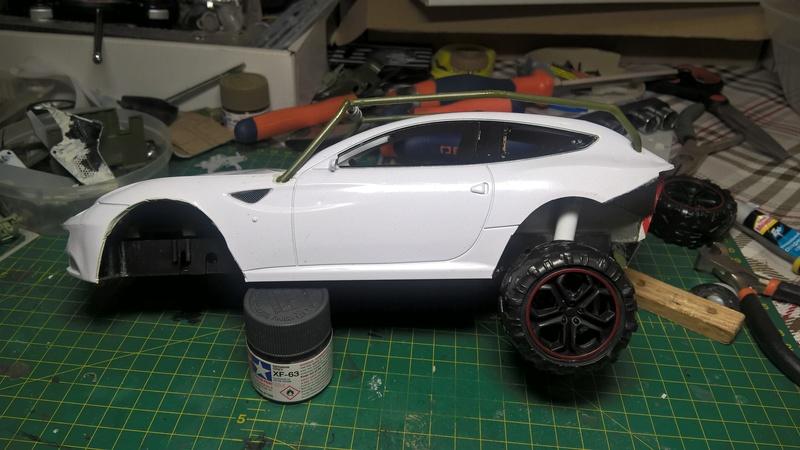 Ferrari FF (скрэтчбилд) 1/18 Wp_20128