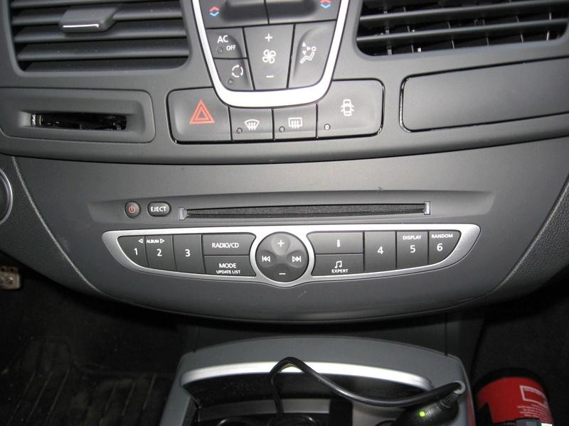 [Tuto] Rajouter prise auxiliaire et/ou USB sur l'autoradio de série Autora13