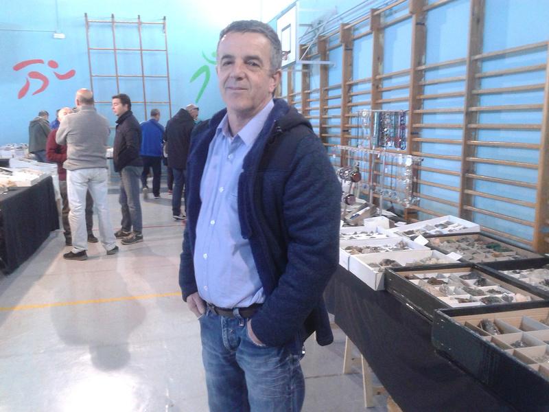 I Mesa de minerales ciudad de Jaén - Página 2 Img-2059