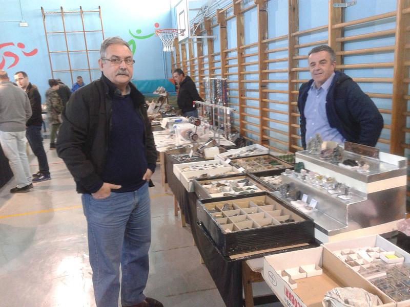 I Mesa de minerales ciudad de Jaén - Página 2 Img-2071