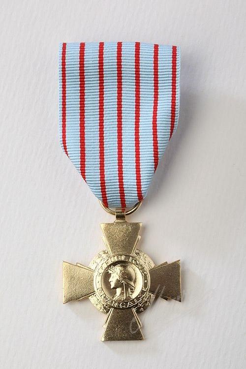 [ Logos - Tapes - Insignes ] Médailles opex -croix10