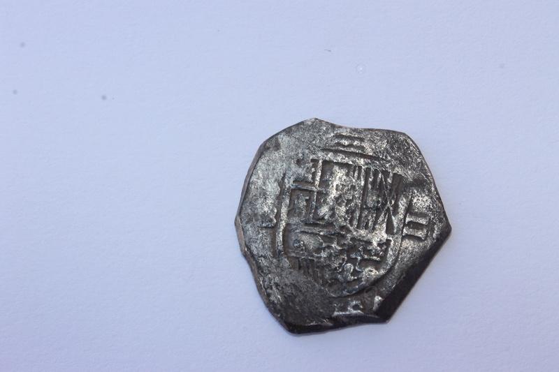 2 reales tipo macuquino Felipe II ceca de Sevilla . Img_0911