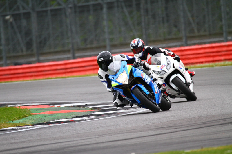 Track Day em Silverstone GSX-R600 1110