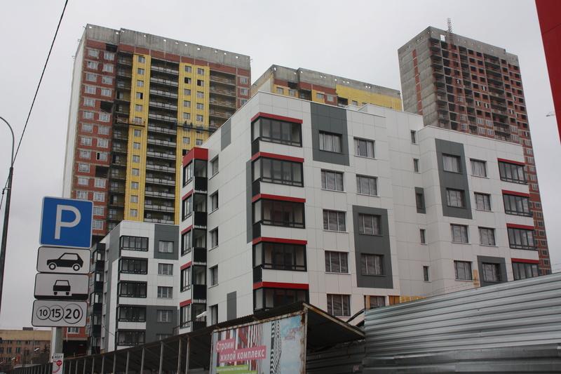 Завершение основных работ на малоэтажке (корпуса 6-8) - Страница 4 Img_6812