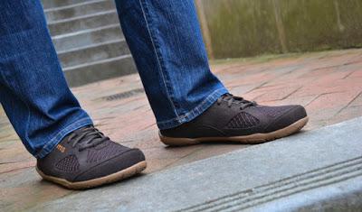 مواصفات الحذاء الجيد لتفادي آلام القدم  111