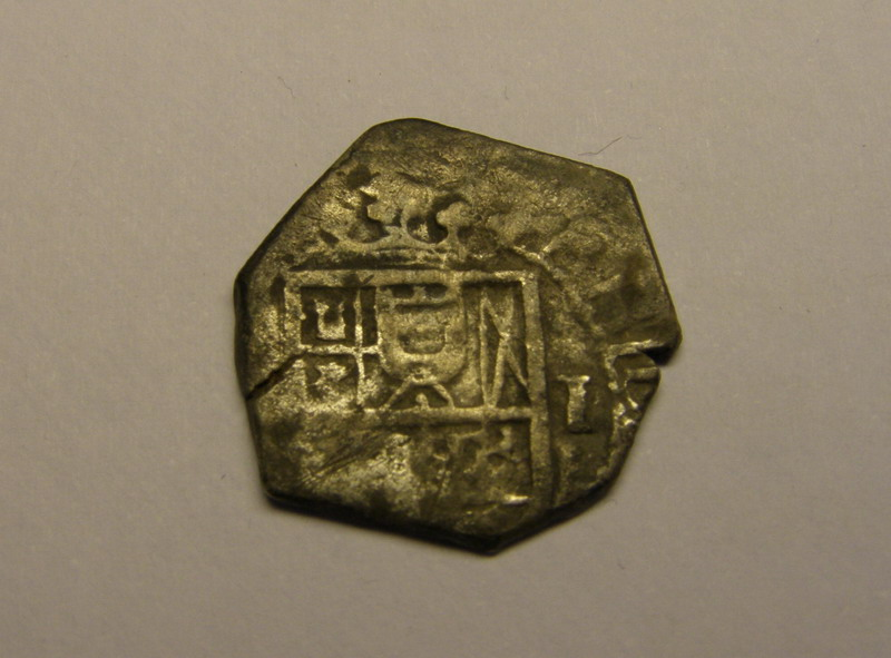 un real macuquino Felipe 8 (II-III) peninsular ceca de (?) P1010014