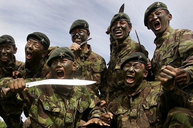 Les Gurkhas 8-gork10