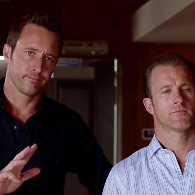 Hawaii 5.0 - Une nouvelle Ohana - Steve/Catherine - PG13 14718310