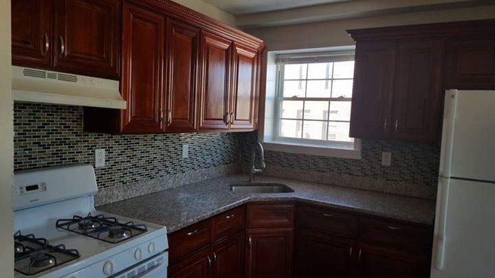 Se renta departamento 3 cuartos, 2 baños, salacomedor, cocina 17352410