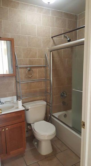 Se renta departamento 3 cuartos, 2 baños, salacomedor, cocina 17353010