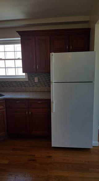 Se renta departamento 3 cuartos, 2 baños, salacomedor, cocina 17353310
