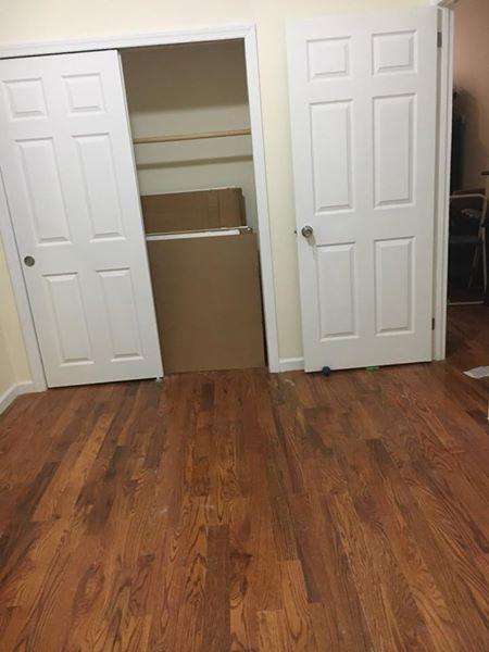 estan rentando un cuarto amplio con closet 17361612