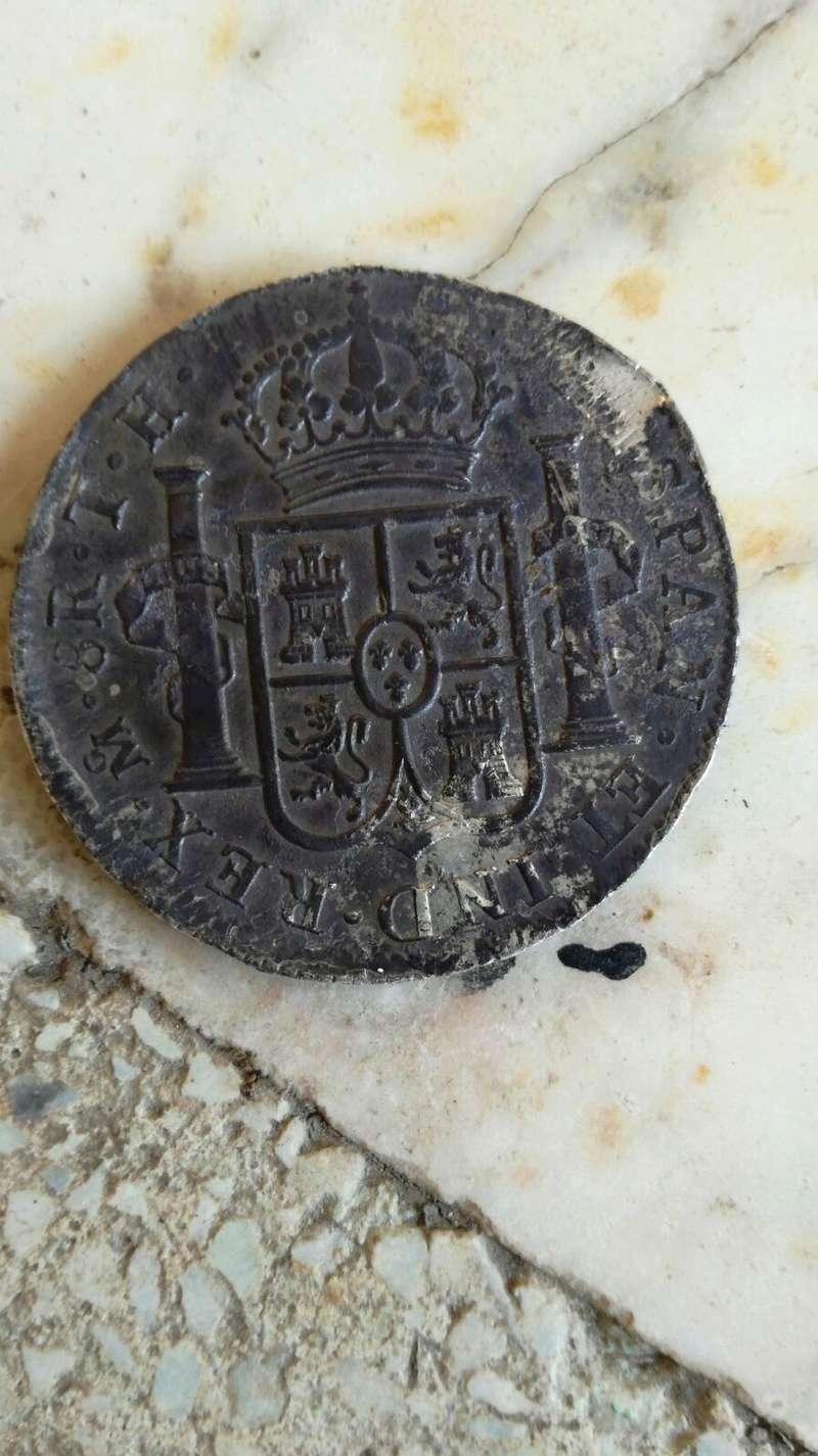 una de 8 reales carolus IIII 1805 Img-2014