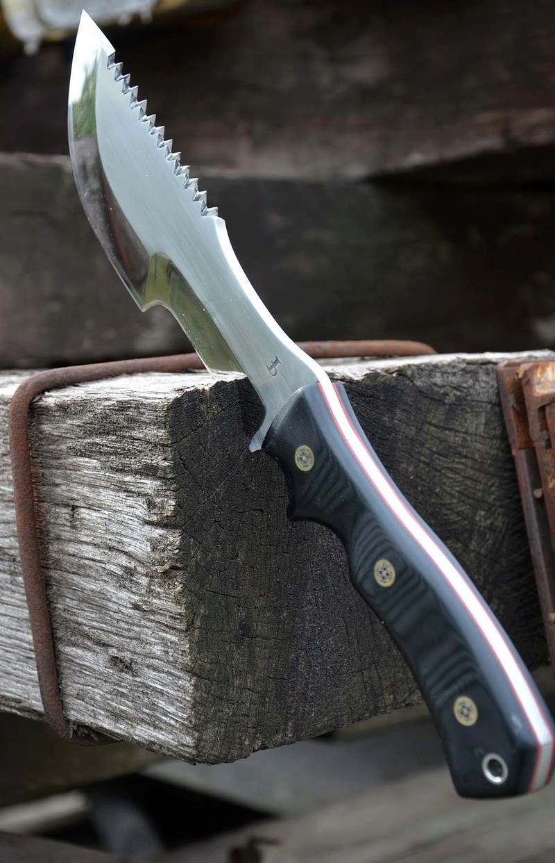 les couteaux du trefle - Page 8 Dsc_0030
