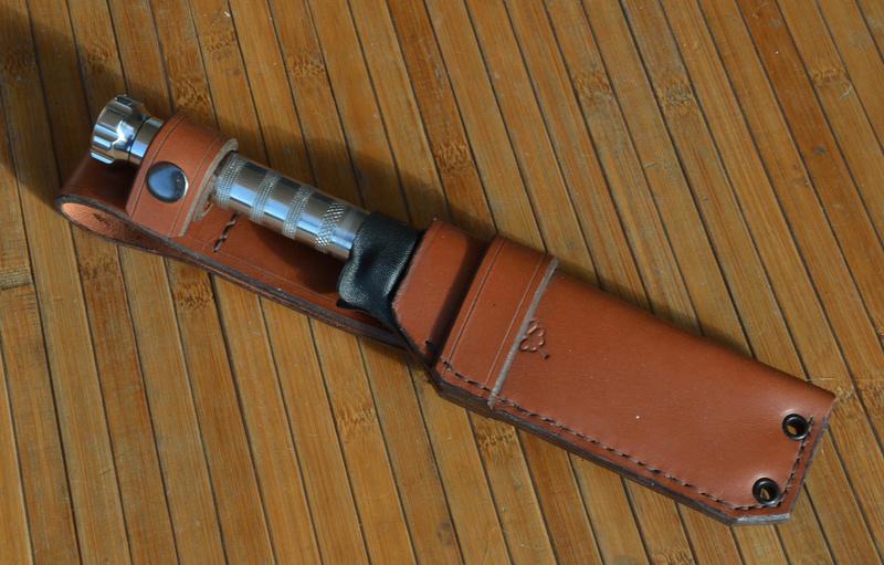 les couteaux du trefle - Page 8 Dsc_0031