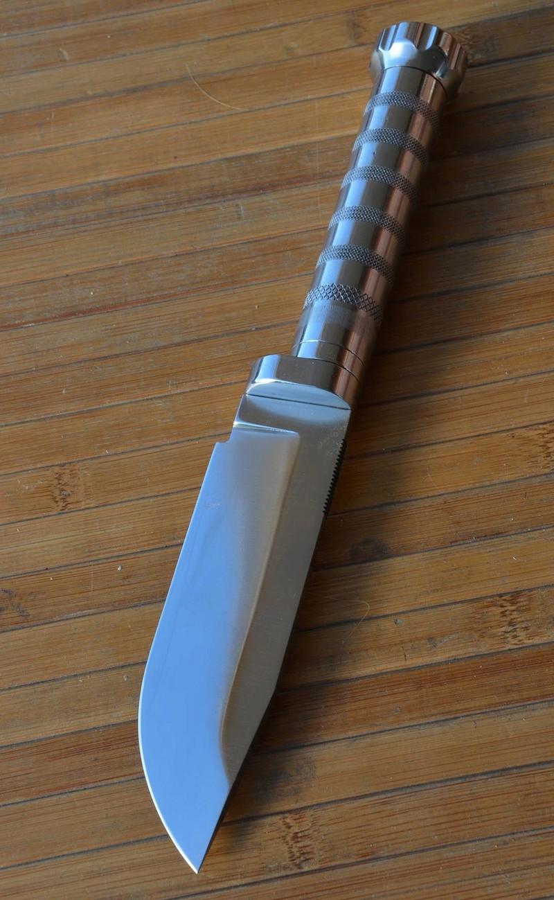 les couteaux du trefle - Page 8 Dsc_0034