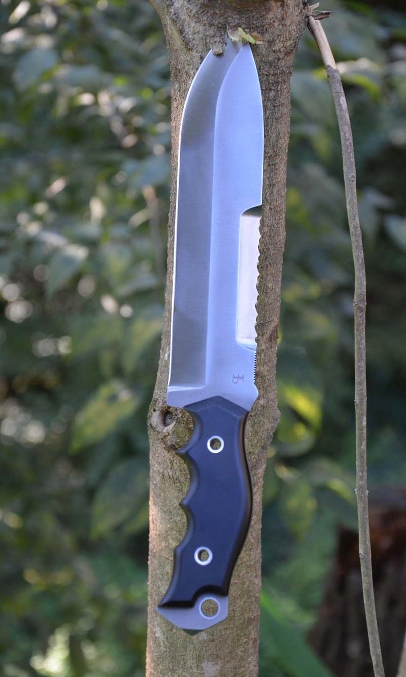 les couteaux du trefle - Page 8 Dsc_0412