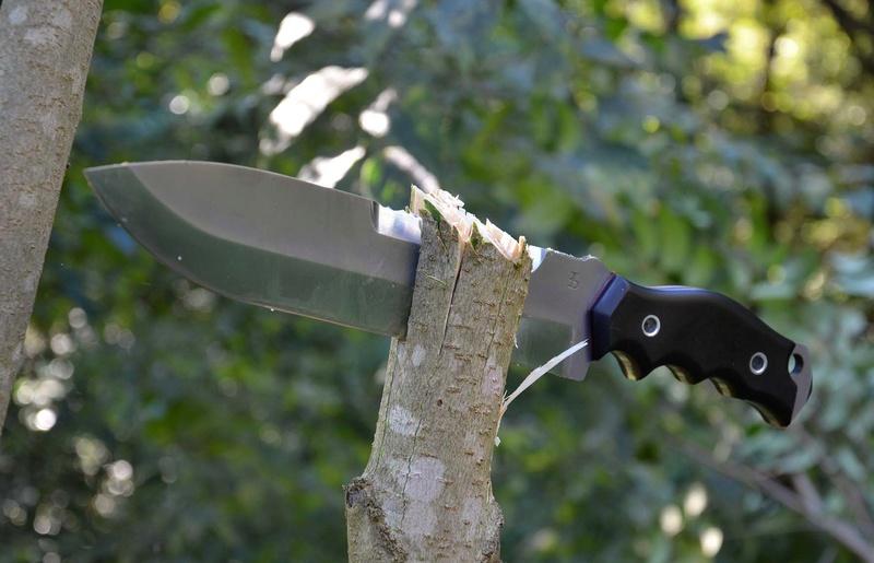 les couteaux du trefle - Page 8 Dsc_0413