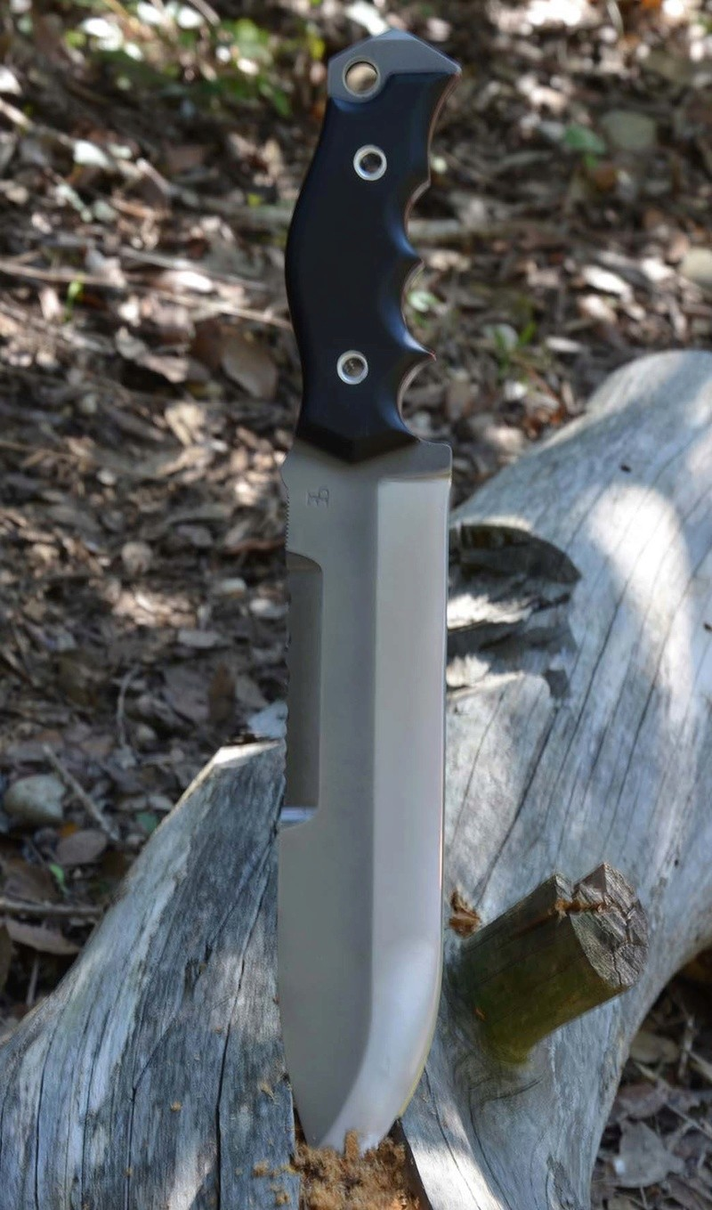 les couteaux du trefle - Page 8 Dsc_0414