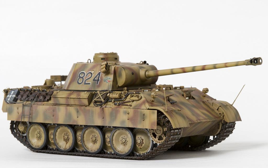 Немецкий средний танк ПАНТЕРА Dsc04820
