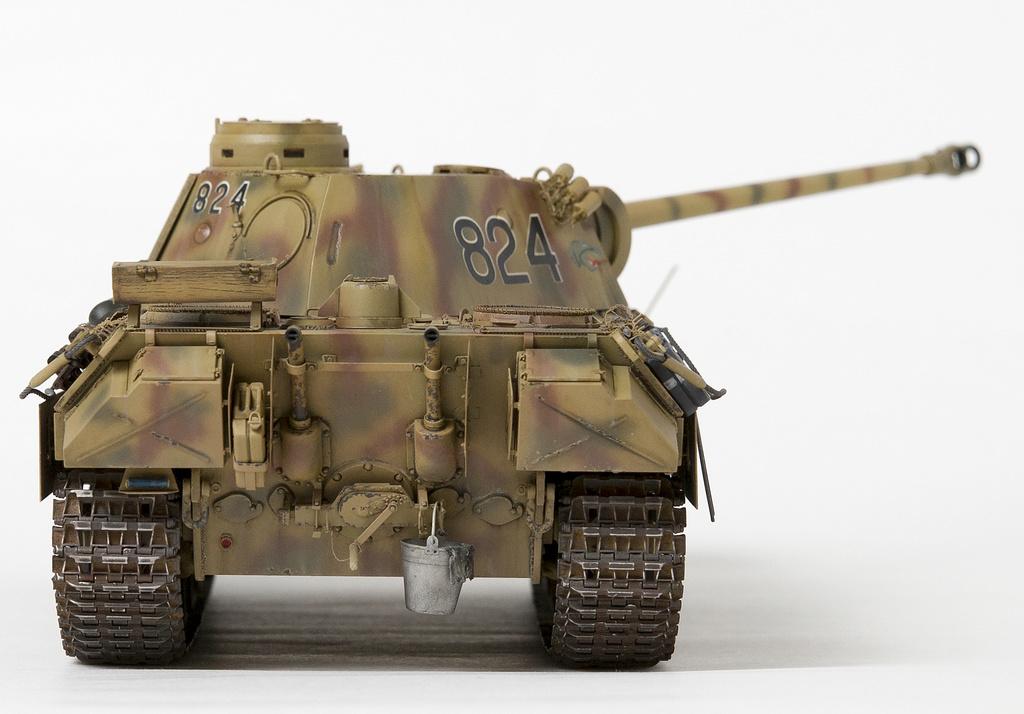 Немецкий средний танк ПАНТЕРА Dsc04822