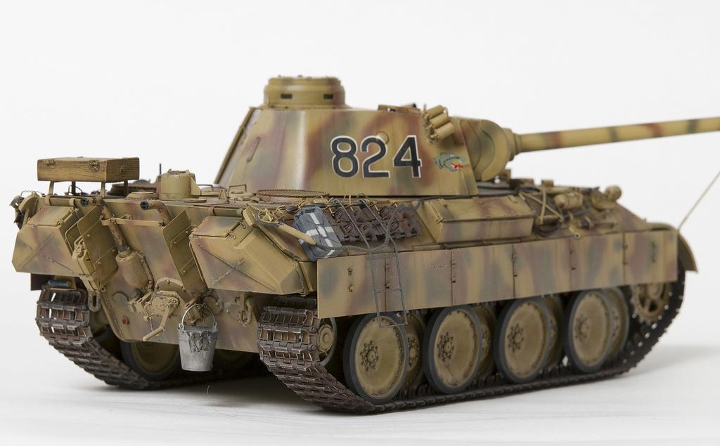 Немецкий средний танк ПАНТЕРА Dsc04823