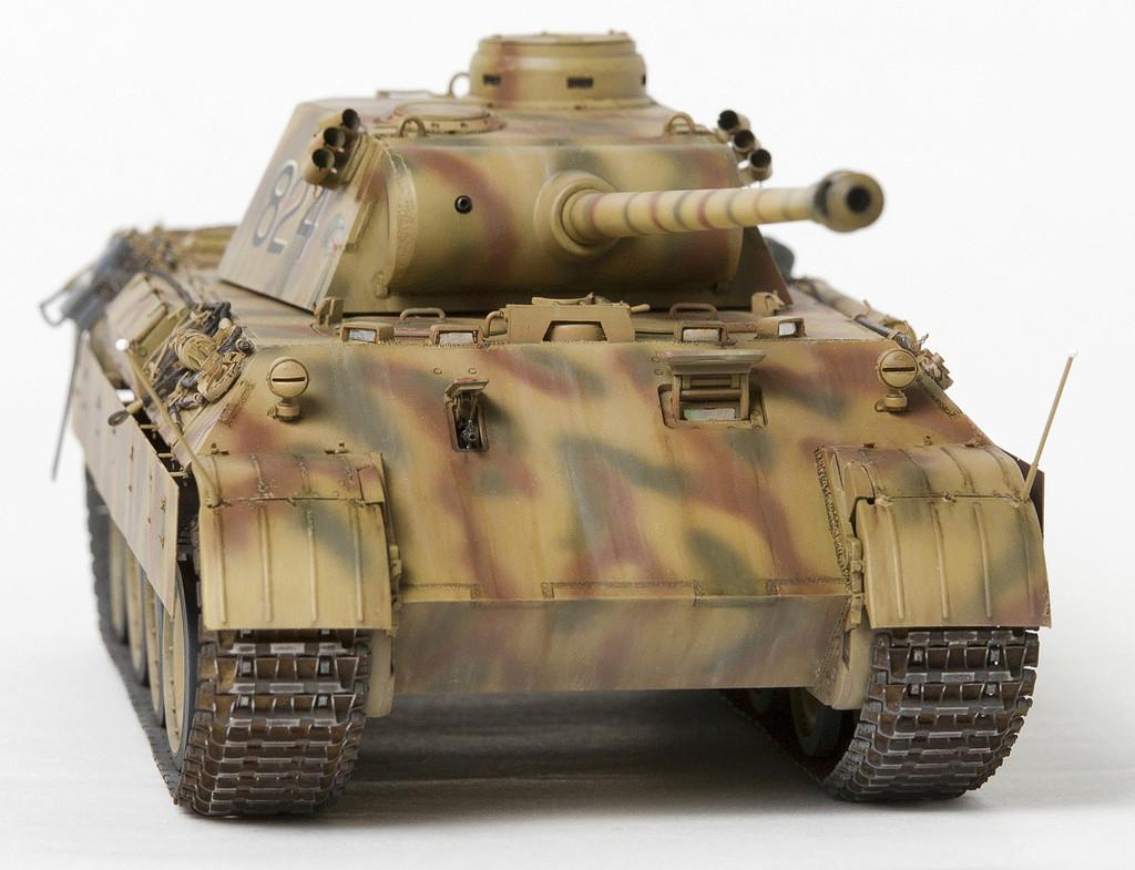 Немецкий средний танк ПАНТЕРА Dsc04922