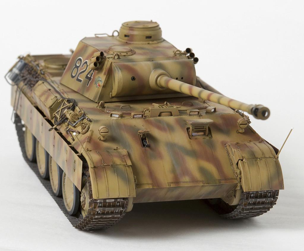 Немецкий средний танк ПАНТЕРА Dsc04925
