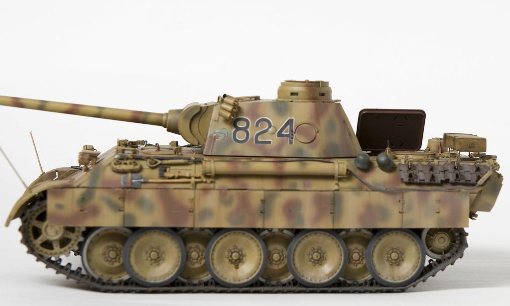 Немецкий средний танк ПАНТЕРА Dsc04926