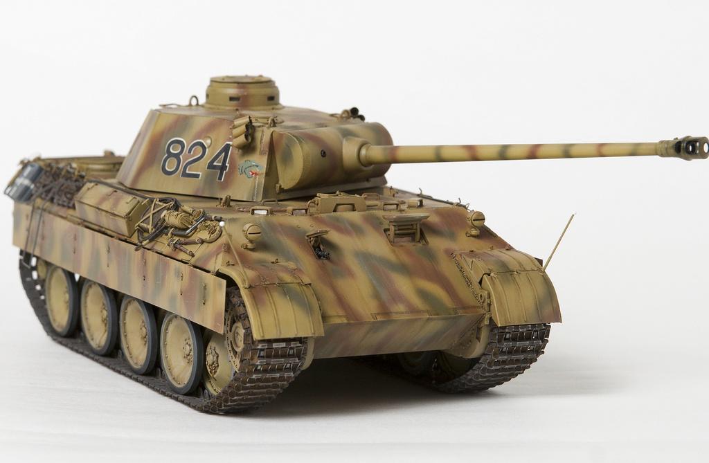 Немецкий средний танк ПАНТЕРА Dsc04928