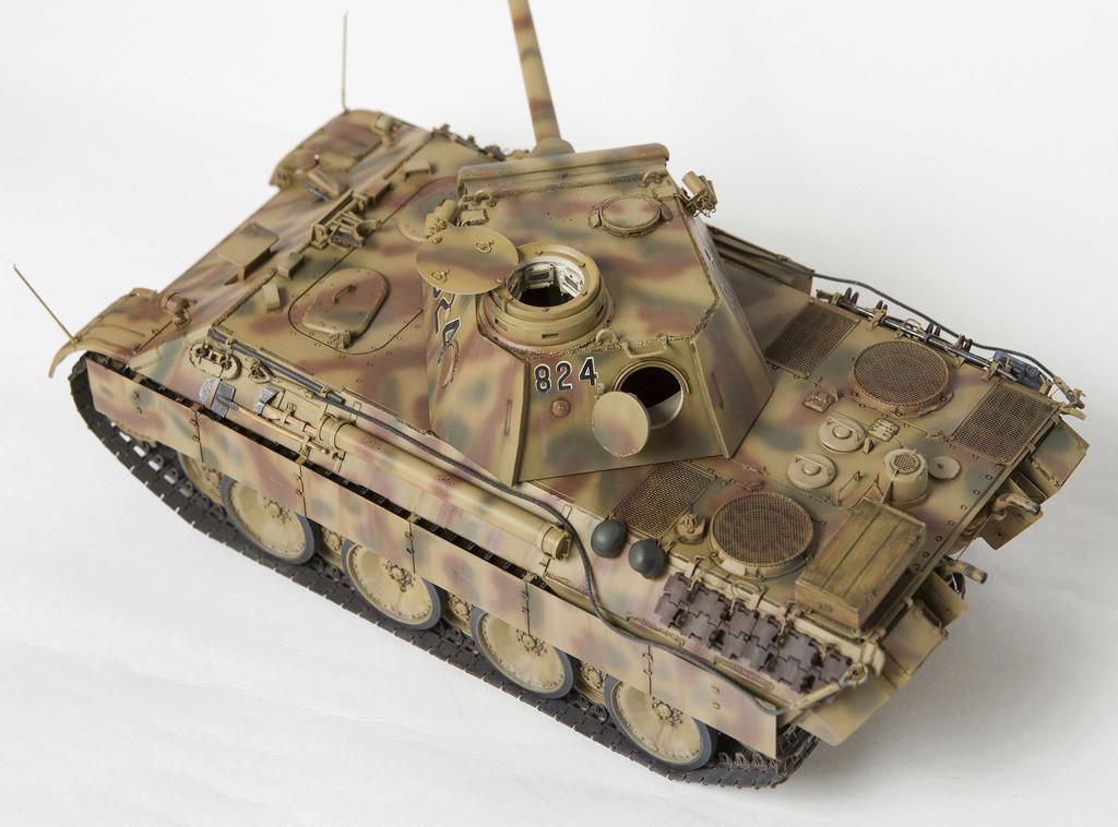 Немецкий средний танк ПАНТЕРА Dsc04929