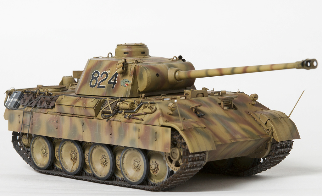 Немецкий средний танк ПАНТЕРА Dsc04930
