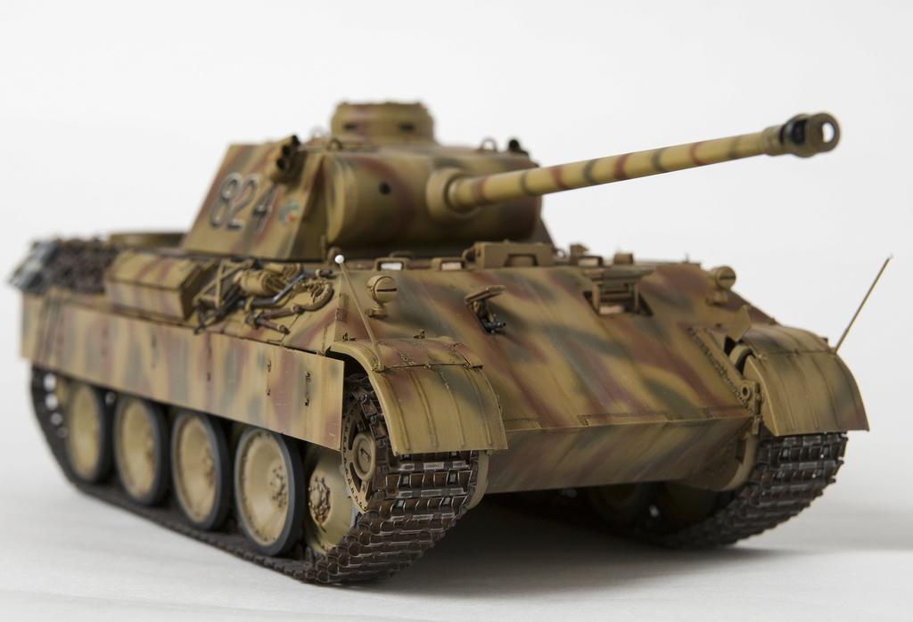 Немецкий средний танк ПАНТЕРА Dsc04931