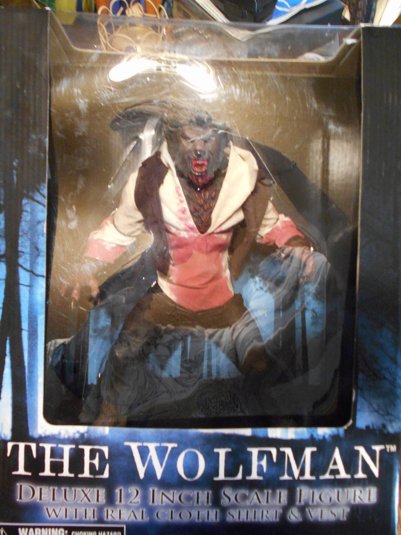 My Wolfman Figure From The Last Movie.... 2009_m10