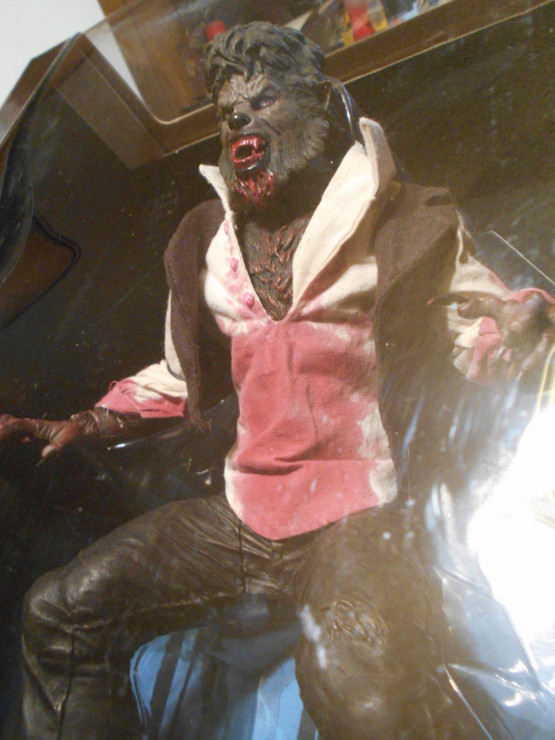 My Wolfman Figure From The Last Movie.... Fronta11