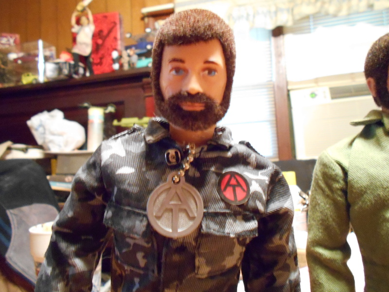 Replacing My Non-Working Vintage Talking Commander Torso With A Working One Pix_f134