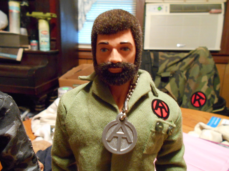 Replacing My Non-Working Vintage Talking Commander Torso With A Working One Pix_f136