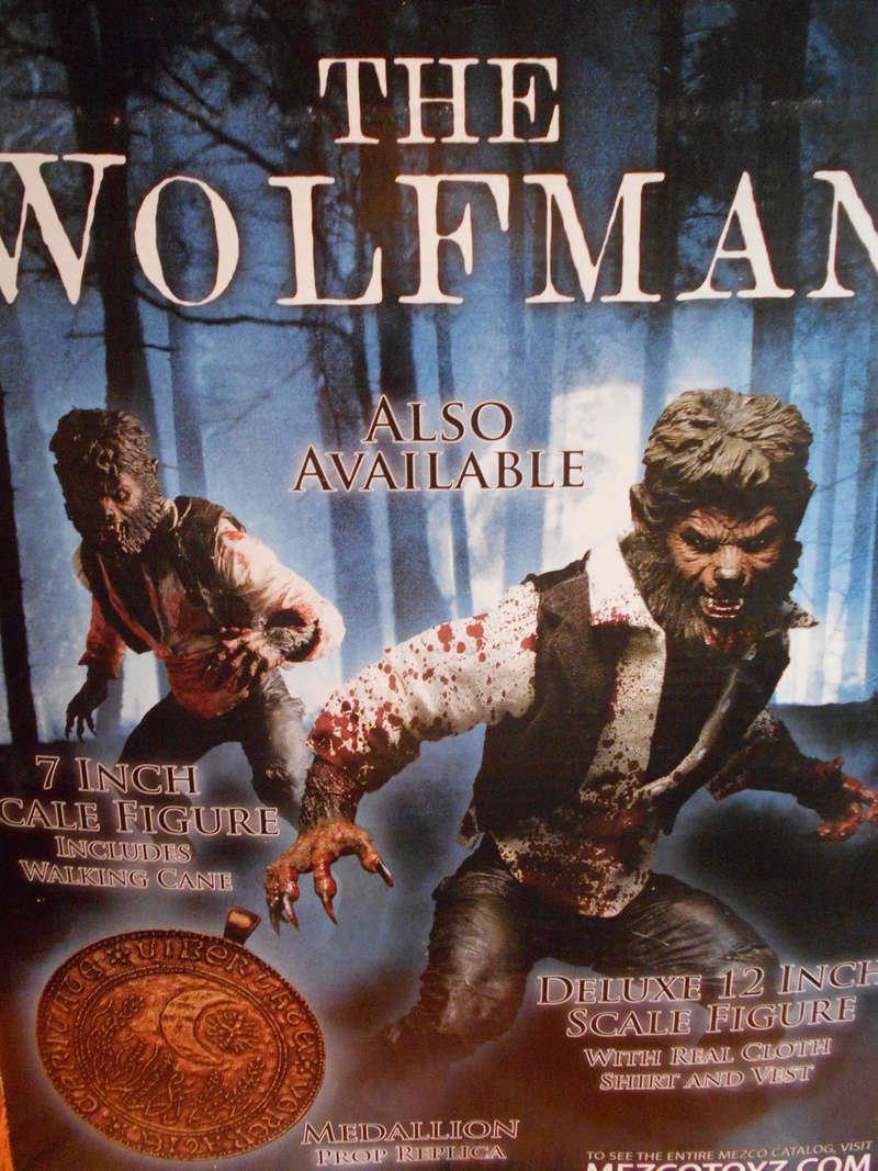 My Wolfman Figure From The Last Movie.... Rear_b10