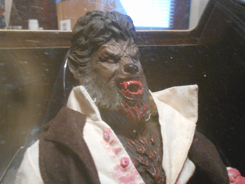 My Wolfman Figure From The Last Movie.... Right_10