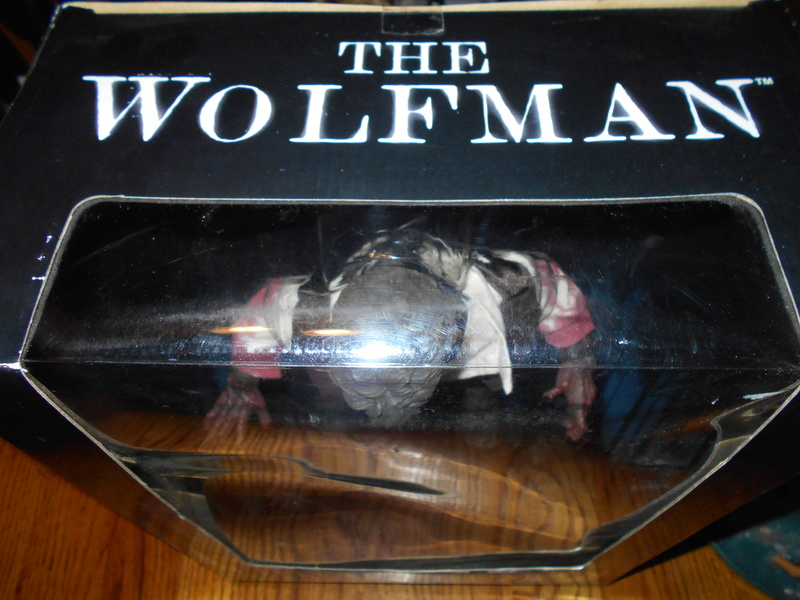 My Wolfman Figure From The Last Movie.... Top_vi10