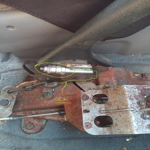 réf de cable frein a main Cable110