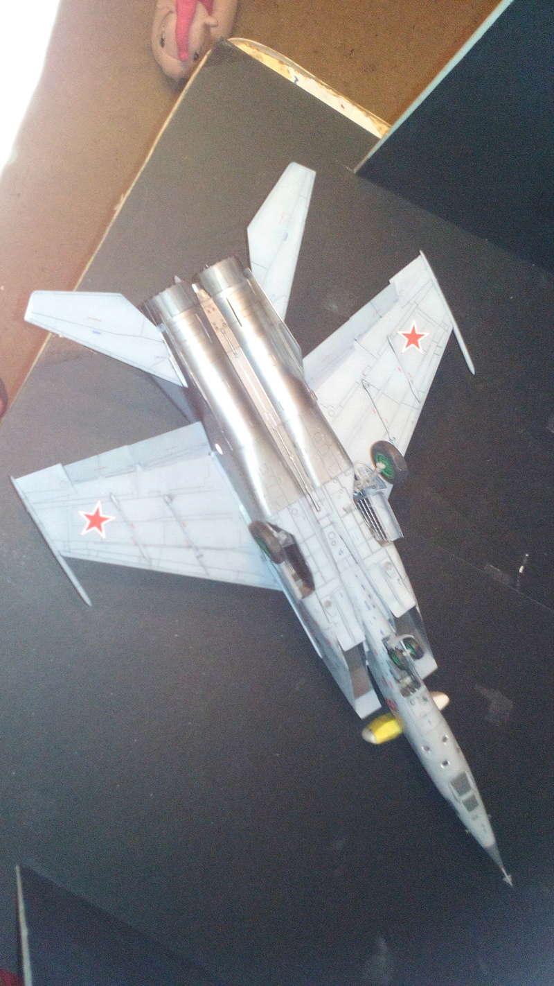 Mig-25 RBT 1/48 ICM Img_2043