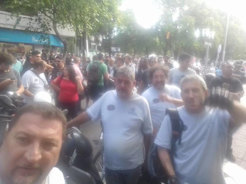 CARAVANA CONTRA PATENTAMIENTO 17352011