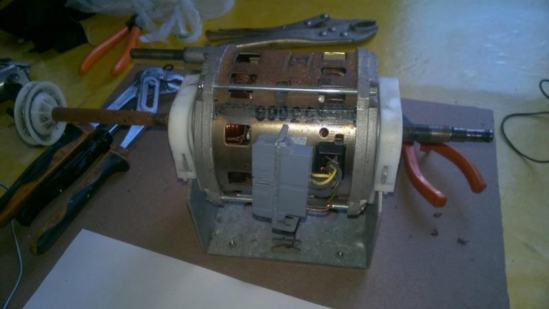 moteur de seche linge Wp_20130