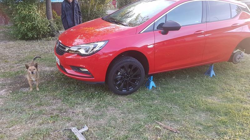 """[Brico Astra K] Pintar ruedas 17"""" multiradios ( vale para cualquier llanta en si) Img-2013"""